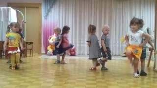 Мальчики танцуют с девочками Детский сад  Детские танцы