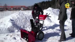 видео Снег на территории дачного участка: почему нужно убирать