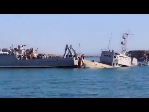 Ukraine War - Ukrainian ship breaking out from Russian naval blockade in Crimea Ukraine