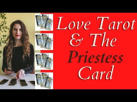 Love Tarot and The High Priestess Card ❤ The Symbol of Hidden Secrets