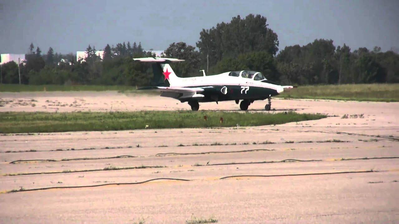 Aero Vodochody L-29 Delfin Jet - YouTube