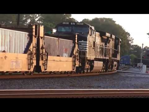 "Thumbnail: Norfork Southern""Near Miss""Intermodal And Autorack Westbound Train In HD Austell,Ga. 4-22-2013 Pt.1"