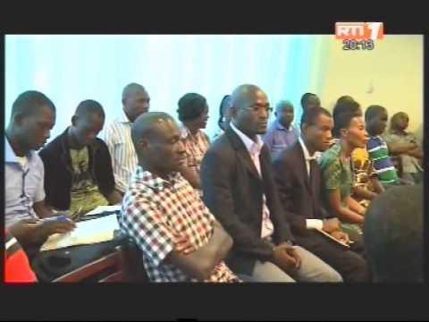 Le nouveau ministre de la communication visite l'agence ivoirienne de presse