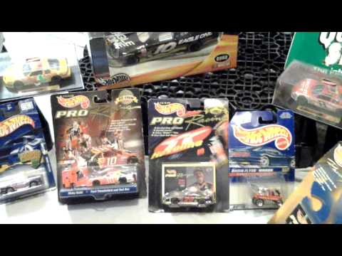 NASCAR,football,baseb,Marlboro collectibles 4 sale(2)