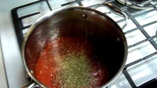 Making Pizza: Sauce (1 Of 3)
