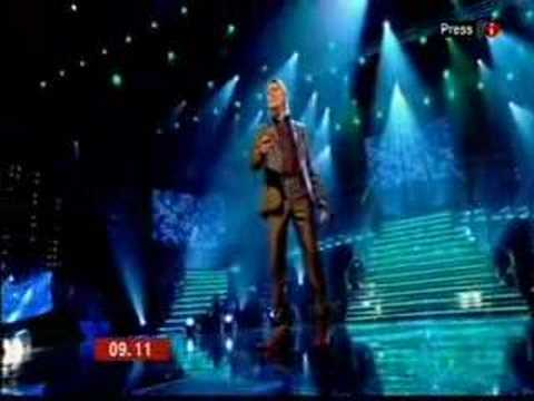 Lee Mead on BBC1 Breakfast TV Fist interview  P2