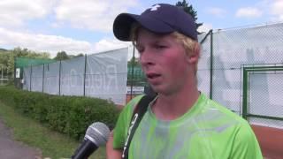Antonín Bolardt po výhře ve finále kvalifikace na turnaji Futures v Ústí n. O.