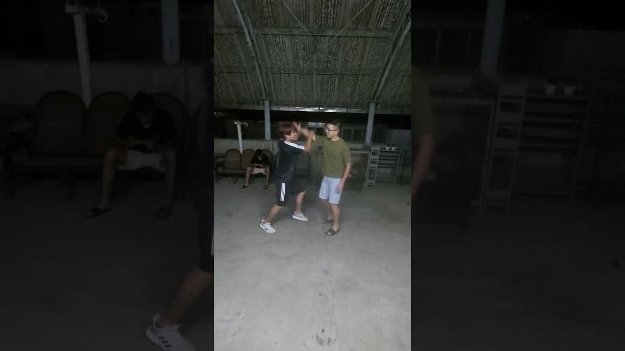 防身術(1) - YouTube