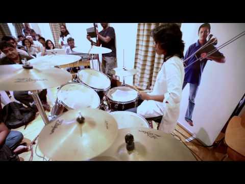 AR RAHMAN MUSIC SCHOOL Adina Drums SOLO 01 YouTube sharing