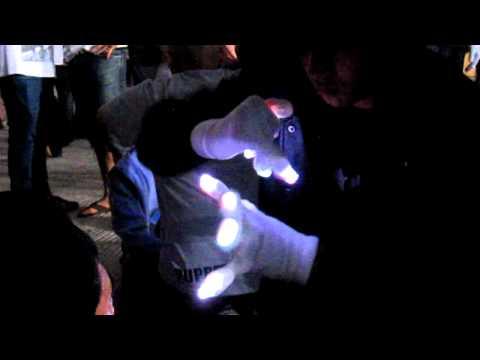 (Ayo?) Stunna Lightshow @ Tiesto '11 {emazinglights.com}