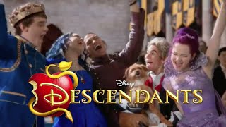 """Love is Actually Really Amazing"" | Descendants"