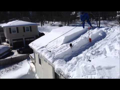 Roof Razor 174 Roof Rake Removing Snow In Sudbury Ma Pa