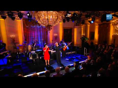 "Mary Mary performs ""Higher Ground"" at the Gershwin Prize for Stevie Wonder"