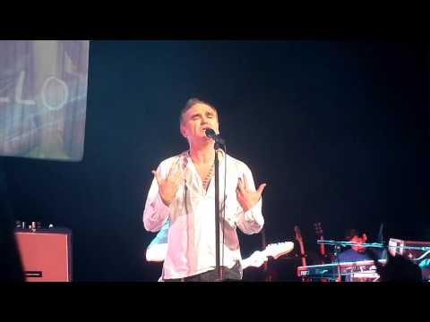 (HD) Morrissey - Kiss me a Lot (Ao Vivo no Citibank Hall/SP - 21/11/15)