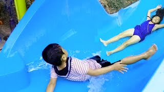 ZEFA MENGGILA DI WATERPARK 🤣 Bermain Perosotan air Kolam Renang Anak ❤ Kids Playing WATER SLIDE