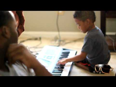 KJ THE 4 YEAR OLD PRODUCER MAKES A BEAT...