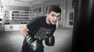Хороший способ научиться бить Постановка удара на боксерском мешке