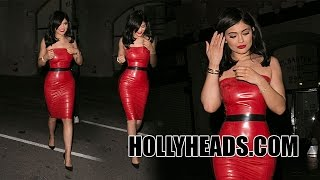 Pap Nation Exclusive: Kylie Jenner tells Hollyheads Pap she is still Marrying Tyga!