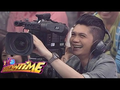 Jugs, Billy and Vhong become cameramen for a day