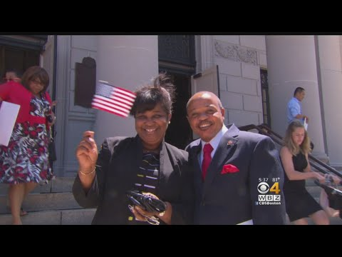 New Citizens Celebrate July 4th With Oath Of Allegiance