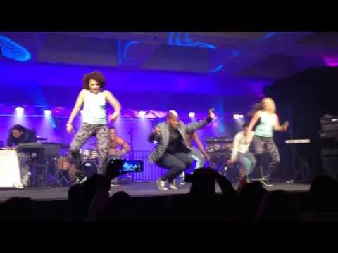 "Zumba Zin Conference Los Angeles 2014 - ""Everybody Can Dance"" Knzo Mendy  Live Show Case"