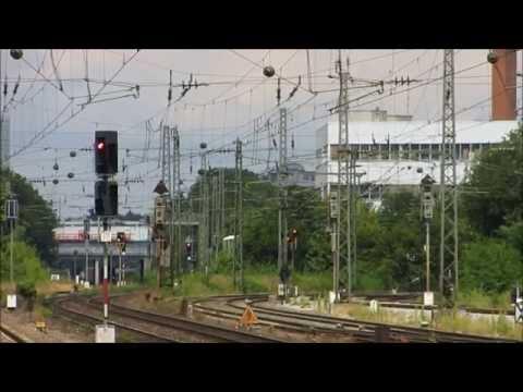 Züge am München Heimeranplatz - xBox Siemens Vectron,Taurus Green Point Lok [ 25.07.2015 ]