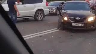ДТП напротив ТД Таир. Караганда