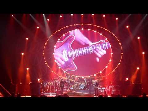 Queen + Adam Lambert - Somebody to love (15/06/2016 Brussel)