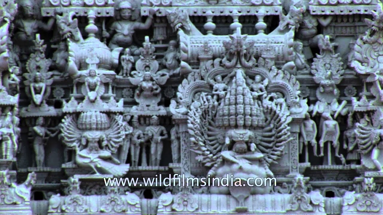Intricate stone carving of Thanumalayan Temple