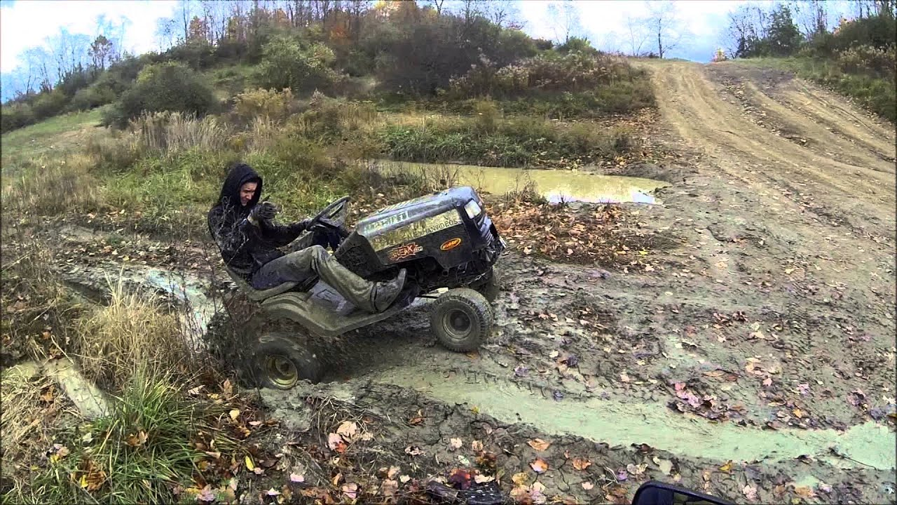Off Road Lawnmower Doing Some Serious Mud Work Youtube