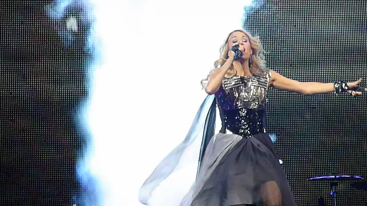 """Download Carrie Underwood """"Blown Away"""" live Key Arena Seattle"""