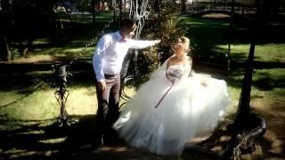 Жених читает рэп невесте