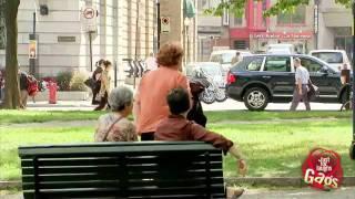 Repeat youtube video Kandi kamera - eltűnik az autó | 5b.hu - maga a szórakoztatás
