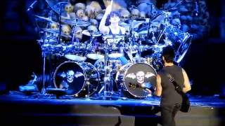 Gambar cover Synyster Gates Guitar Solo & Arin Ilejay Drum Solo