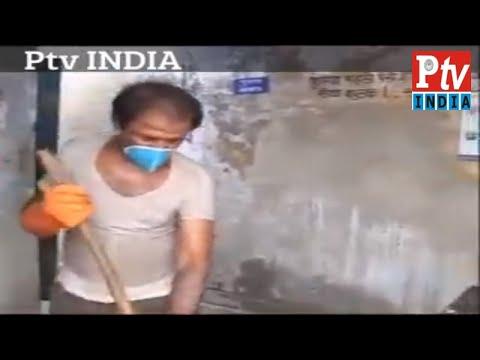 Brahmins become Latrin and Toilet Cleaner in Delhi # अब पंडित जी साफ कर रहे  टट्टी और शौच
