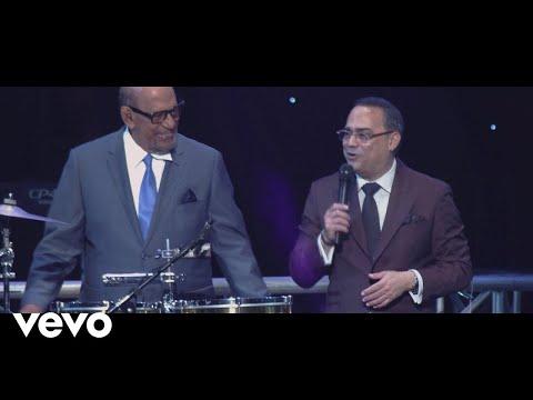 Gilberto Santa Rosa - Agua que Cae del Cielo (Lluvia) (En Vivo) ft. Willie Rosario