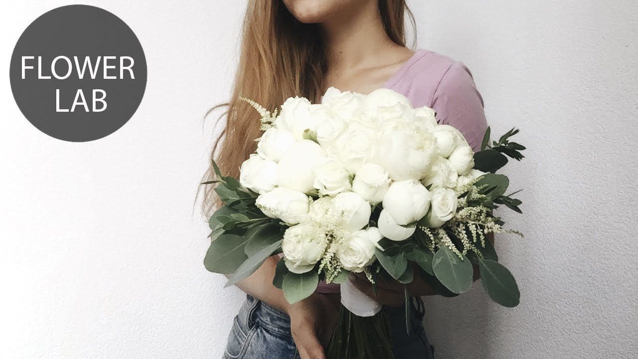 How To Make Classic Round White Bouquet Diy Wedding Bouquet