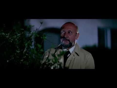 """Halloween (1978) """"Get yo ass away from there"""" Dr. Sam Loomis"""