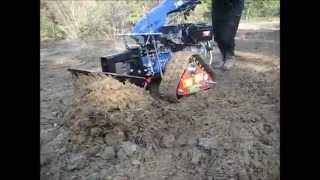 Zakładanie ogrodów - ciągnik jednoosiowy BCS na gąsienicach