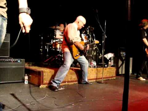 ronnie montrose bad motor scooter mcnear 39 s mystic theatre june 6 2011 youtube. Black Bedroom Furniture Sets. Home Design Ideas