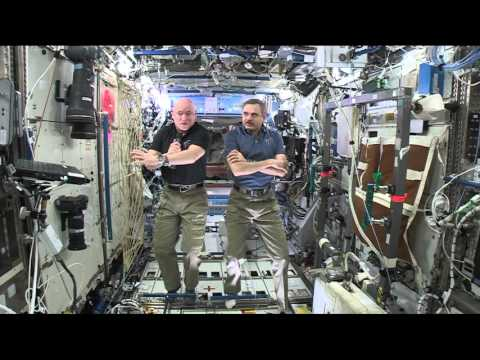 Space Station One-Year Crew Talks to Students