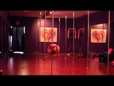 Diva Doll Fitness - Sexy Intermediate Pole Routine