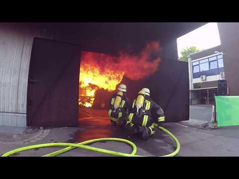 1000°C und doch nicht verbrannt? Schutzkleidung macht's möglich!