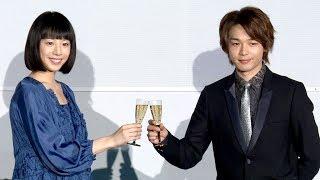 俳優の中村倫也と女優の夏帆が、東京・有楽町マリオンにオープンするプ...