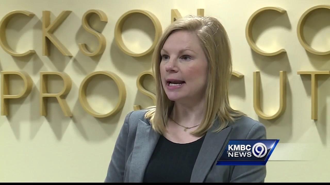 Prosecutor, auditor back Missouri bill to help crack down on corruption