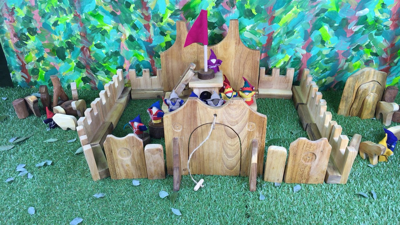 Lichee Toys travel the world! Follow the gnomes on their exciting adventure,