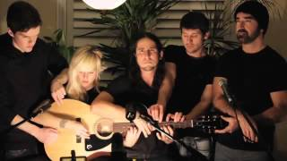 Gambar cover Somebody That I Used to Know - Walk off the Earth (Gotye - Cover) --walkofftheearth