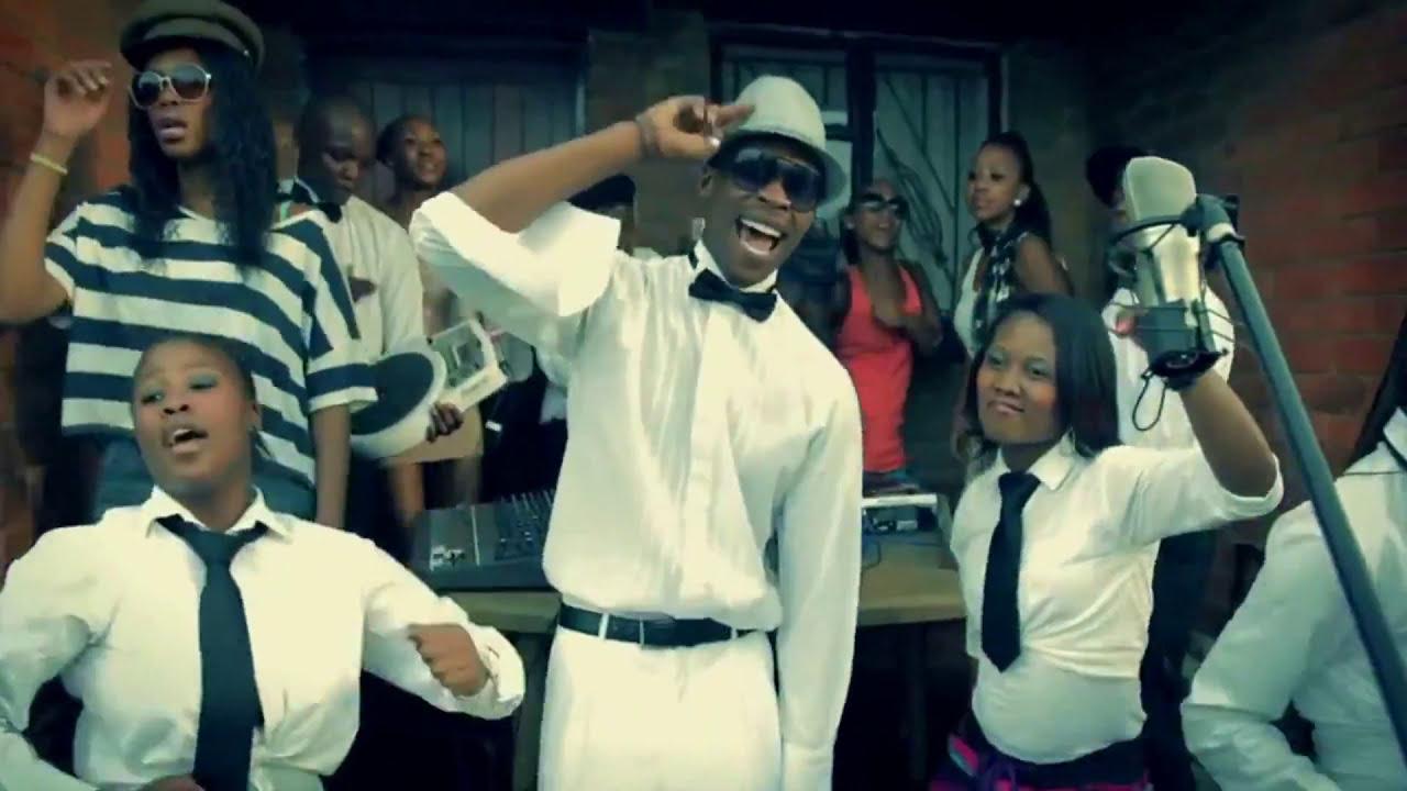 DJ Fresca & Black Motion feat. Tuna - Nanka Lamaphoyisa