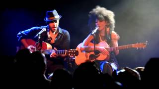 Andy Allo - Hooked - Amsterdam (live acoustic 1080p HD)