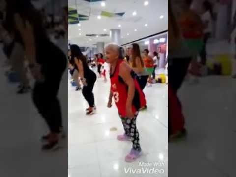 A Errapori kannukottindi song  Dance